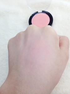 コーラルピンクの発色
