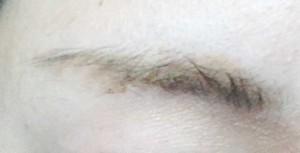 ゴールドブラウン眉
